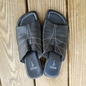 Ecco Womens Size 5 M Black Leather Slide Sandal